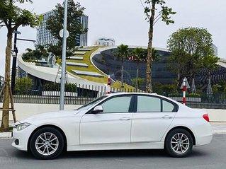 Bán ô tô BMW 3 Series 320i đời 2012, màu trắng