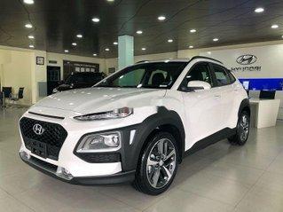 Cần bán xe Hyundai Kona 2.0AT sản xuất năm 2021