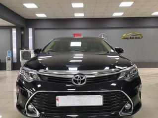 Bán nhanh chiếc Toyota Camry 2.0E 2019