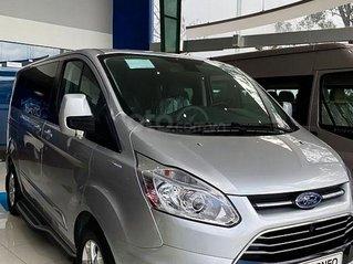Bán xe Ford Tourneo Trend 2.0 AT sản xuất năm 2020, màu bạc, 999tr