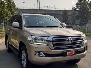 Bán Toyota Land Cruiser năm sản xuất 2015, màu vàng