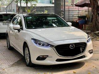 Bán xe Mazda 3 sản xuất 2018, màu trắng, giá thấp nhất