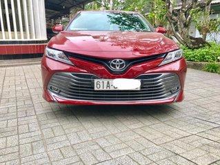 Bán Toyota Camry 2.0G 2019, màu đỏ, biển sang, nhập khẩu nguyên chiếc