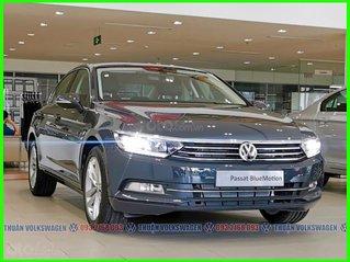 [Đại lý Volkswagen Trường Chinh ] Passat High màu xám - Lì xì đầu năm + tặng 177tr + bảo hiểm + bảo dưỡng khi mua xe