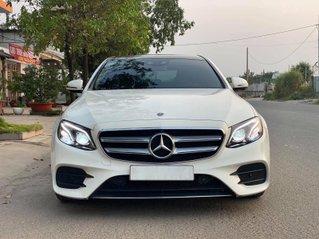 Cần bán gấp Mercedes E300 năm sản xuất 2017