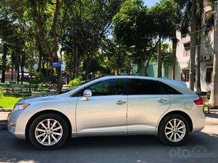 Bán Toyota Venza năm sản xuất 2010, màu bạc, nhập khẩu còn mới