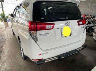 Bán Toyota Innova năm sản xuất 2017, màu trắng