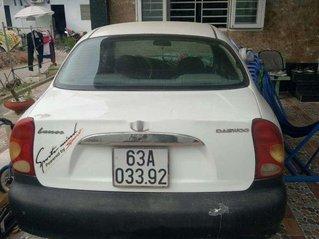 Cần bán gấp Daewoo Lanos sản xuất 2001, màu trắng, giá 50tr