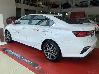Cerato Luxury đủ màu, xe sẵn giao ngay giảm tiền mặt+ tặng bảo hiểm thân xe
