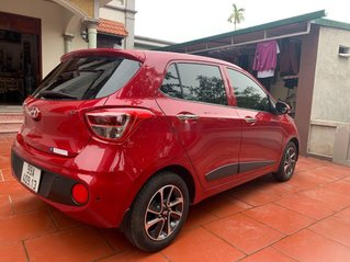 Cần bán lại xe Hyundai Grand i10 2020, màu đỏ