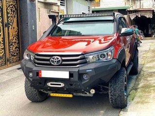 Bán Toyota Hilux đời 2018, màu đỏ, nhập khẩu số tự động, giá 718tr
