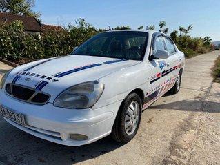 Bán ô tô Daewoo Nubira đời 2000, màu trắng, nhập khẩu