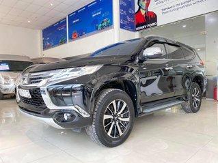 Bán xe Mitsubishi Pajero Sport 3.0L năm 2019, màu đen chính chủ, trả trước 300 nhận xe