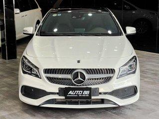 Cần bán gấp Mercedes CLA 250 sản xuất năm 2018, màu trắng