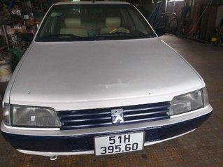 Xe Peugeot 405 năm sản xuất 1989, màu trắng, nhập khẩu