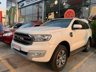 Xe Ford Everest đăng ký 2016, màu trắng ít sử dụng giá tốt 860 triệu đồng
