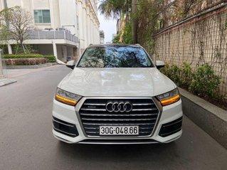 Bán xe Audi Q7 năm sản xuất 2017, nhập khẩu còn mới