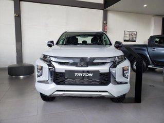 Cần bán Mitsubishi Triton năm 2020, màu trắng, xe nhập
