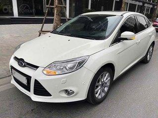 Xe Ford Focus Titanium sản xuất năm 2015, màu trắng, 460tr