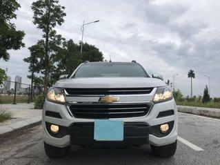 Bán Chevrolet Colorado năm sản xuất 2018, màu trắng còn mới