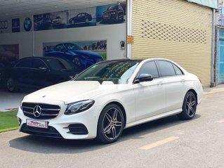Cần bán lại xe Mercedes E300 AMG năm sản xuất 2019, xe nhập