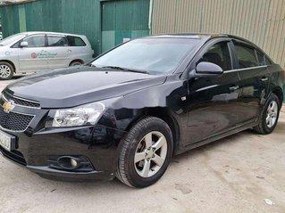 Cần bán Chevrolet Cruze đời 2010, màu đen