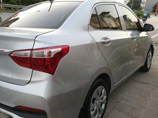 Cần bán lại xe Hyundai Grand i10 đời 2018, màu bạc ít sử dụng, giá 346tr