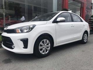 Cần bán Kia Soluto MT đời 2021, màu trắng, giá chỉ 369 triệu