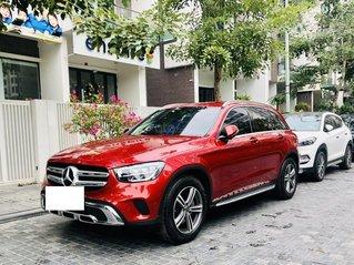 Cần bán xe Mercedes-Benz GLC sx năm 2020, màu Đỏ giá chỉ 1 tỷ 795 triệu đồng