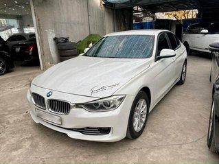 Cần bán xe BMW 320i 2013, màu trắng