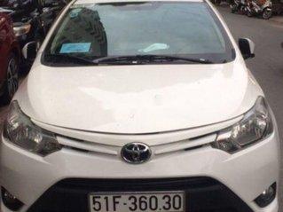 Cần bán lại xe Toyota Vios sản xuất 2015, màu trắng