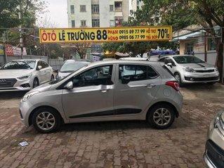 Cần bán gấp Hyundai Grand i10 2016, màu bạc, nhập khẩu