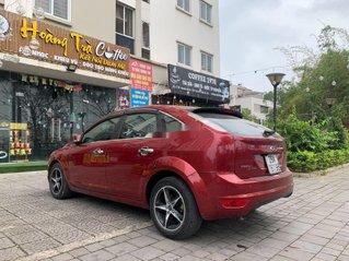 Bán Ford Focus 2011, màu đỏ, xe nhập còn mới