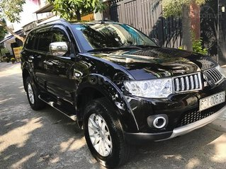 Cần bán Mitsubishi Pajero Sport năm sản xuất 2011, màu đen