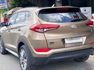 Bán ô tô Hyundai Tucson đời 2018 2.0 ATH, màu nâu xe gia đình