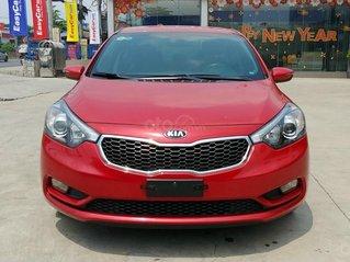 Cần bán Kia K3 1.6 MT 2015, màu đỏ, có trả góp NH