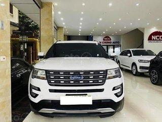 Cần bán gấp Ford Explorer năm sản xuất 2016, màu trắng, nhập khẩu nguyên chiếc còn mới