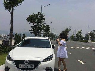 Xe Mazda 3 sản xuất năm 2016, màu trắng, giá tốt