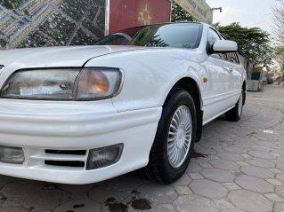 Cần bán Nissa Cefiro năm 1998, màu trắng, chính chủ giá tốt