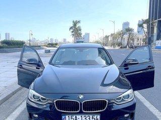 Cần bán lại xe BMW 3 Series năm sản xuất 2012, nhập khẩu nguyên chiếc còn mới
