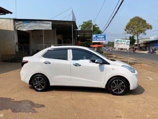 Cần bán gấp Hyundai Grand i10 năm 2017, màu trắng còn mới