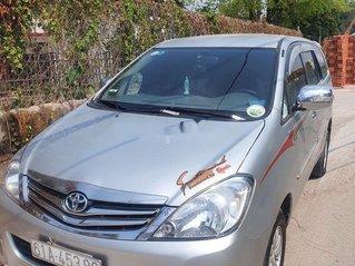 Bán xe Toyota Innova năm sản xuất 2008, màu bạc, xe nhập