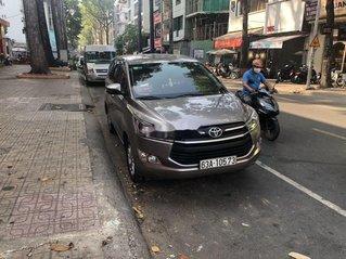 Bán ô tô Toyota Innova sản xuất năm 2019, màu nâu còn mới, giá tốt