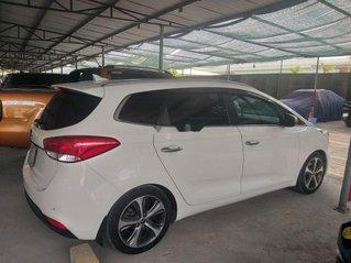 Cần bán lại xe Kia Rondo sản xuất năm 2015, xe nhập còn mới