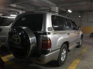 Bán ô tô Toyota Land Cruiser sản xuất năm 2001 còn mới, giá tốt