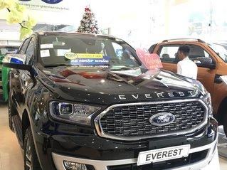 Mua xe Ford Everest 2021 tặng BHVC và khuyến mãi tiền mặt