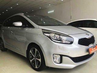 Cần bán lại xe Kia Rondo năm sản xuất 2015, màu bạc