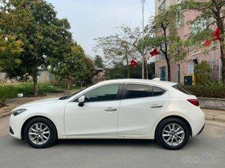 Bán xe giá thấp với chiếc Mazda 3 hatchback đời 2016