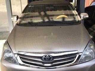 Xe Toyota Innova năm 2010 còn mới