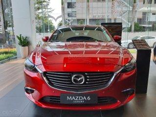 Mazda 6 Luxury 2.0L - xe mới giá như xe lướt
